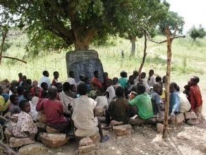Ausbildungshilfe für Mädchen in Guzda/Nordkamerun