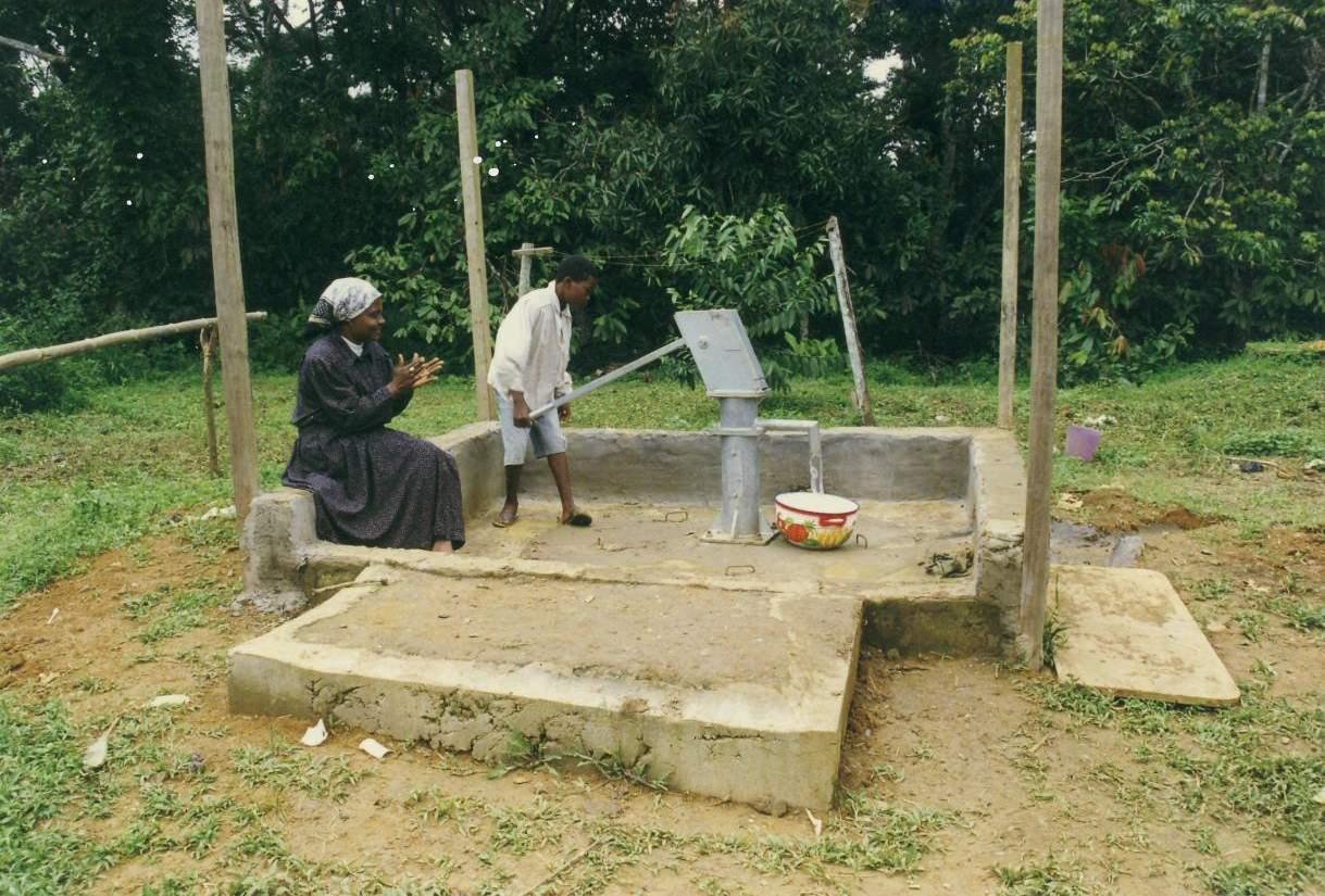 Trinkwasserprojekt in Ntam Bild-02